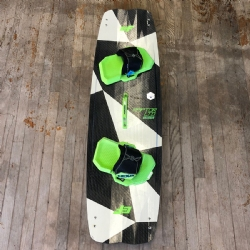 Used 2018 Crazyfly Raptor LTD Neon 136x41 Twintip Kiteboard