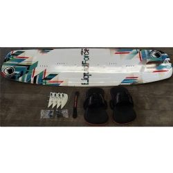 DEMO 2015 Liquid Force Edge 146x45cm Twintip Kiteboard